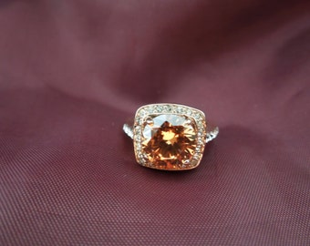 Vintage Costume Ring, 18 Karat Rolled Gold Plate (Yellow Gold) Large Yellow and Clear Rhinestones. Size 6.  Excellent Condition