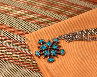 Faux Turquoise and Silver Tone Necklace - Vintage 1970s