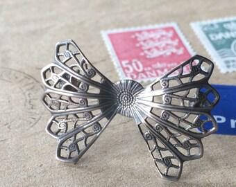 Vintage Handmade Silver Bow Tie Brooch Pin