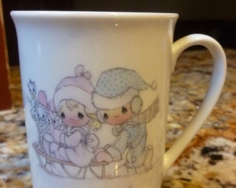 Enesco Precious Moments December mug Samuel Butcher 1984
