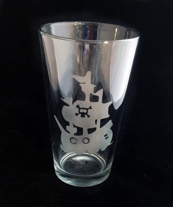 Shiver me Timbers Pirate Ship Skull and Crossbones  Etched Pint Glass Tumbler