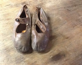 Brown Edwardian Childrens Shoes