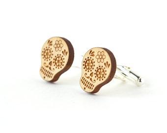 Boutons de manchette Calavera - manchettes crâne mexicain en bois gravé au laser - bijou ethnique - accessoire minimaliste pour homme