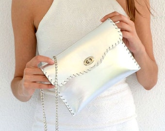 Silver leather purse / Handmade leather bag with silver metal chain / Silver leather clutch
