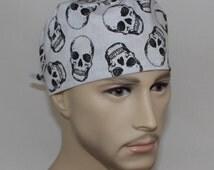Men's Surgical Scrub Cap- 61320Skulls
