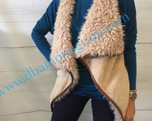 PRE ORDER Ladies Fur Leather Trim Monogrammed Vest, Monogram Fur Vest, Ladies Monogram Gift, Monogram Christmas Gift