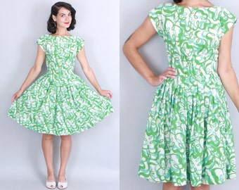 1960s SQUIGGLE Print Day Dress | Vintage 60s Green White Blue FIT & FLARE Dress | small