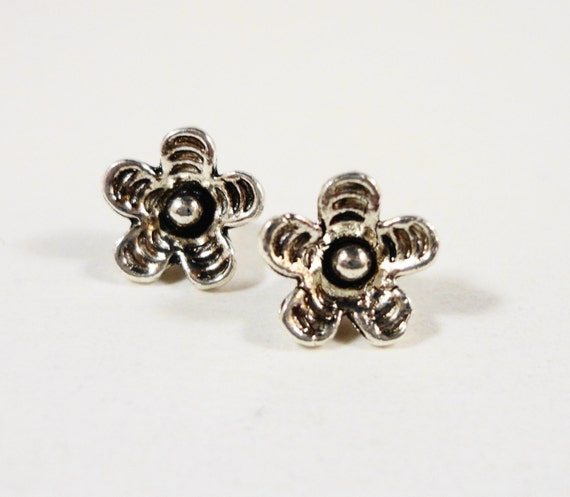 Silver Flower Charms 9x8mm Antique Tibetan Silver Metal Small Flower Charms, Drops, Flower Pendants, Floral Charms, Jewelry Making 10pcs