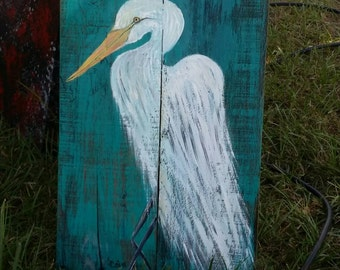 Reclaimed pallet wood featuring hand painted egret