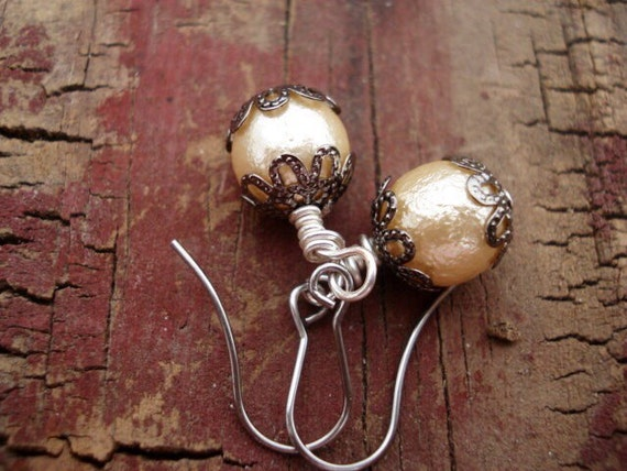 Pearl Drop Earrings, Pearl Bridal Jewelry, Gifts For Her, Drop Earrings, Dangle Earrings, OOAK, Glass Earrings, Bridal Earrings