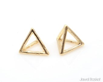 Triangle Charm in Matte Gold / 12.5mm x 13.0mm / BMG205-P (2pcs)