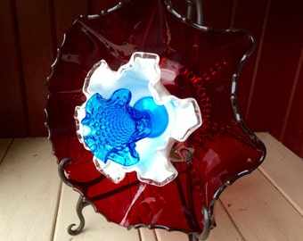 "Repurposed Glass Flower, Sun Catcher Glass Garden Art - ""Meri"" Scalloped Ruby Red Patriotic Glass Flower, Made from Glass Plates"