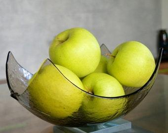 Modern Minimalist Fused Glass Fruit Bowl. Centerpiece Salad Bowl. Mininalist Glass Bowl. Smokey Champagne Fused Glass Bowl. Glass Bowl L