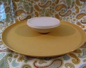 Vintage Tupperware Serving Tray Chip/ Veggie and Dip   Set-n-Serve