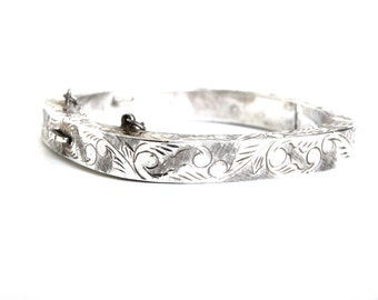 Vintage SIAM Sterling Silver Bangle Bracelet Etched Asian Details Safety Chain Insert Clasp Signed 925 Siam