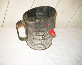 galvanized retro sifter, red wood handle, 50s 60s sifter, 5 cups, Bromwell's measuring sifter, made in USA, flour sifter