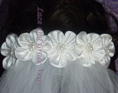 First Holy Communion Veil on Comb or Barrette (kk) with large satin flower/pearl center and 13 trim choices, White, New