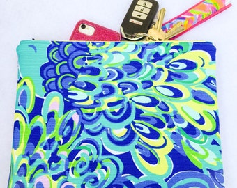 """Clutch in Lilly Pulitzer """"Lilly's Lagoon"""""""