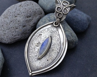 Large unique metalwork moonstone pendant or necklace sterling silver setting, nice blue flash in stone