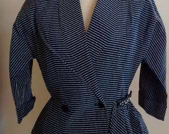 Assymetrical sophisticated 1950s jacket