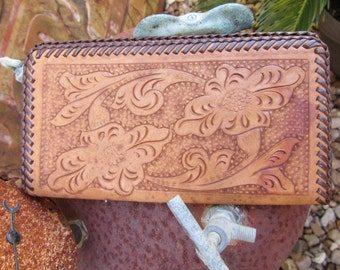 60s Hand Tooled Western Leather Billfold // Vintage Cowboy Wallet