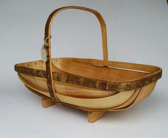 Sussex style trug basket trug garden trug by cottagecoppicing for Gardening gifts for men