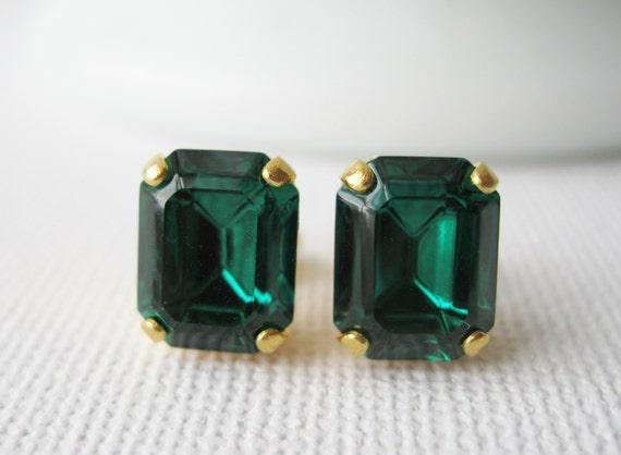 Emerald Green Stud Earrings, Bridesmaid Earrings, Vintage Swarovski Crystals, Christmas Jewellery, Your choice of Settings.