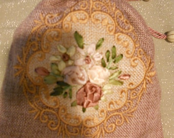 Embroidered Pouch Filled with Fresh Scent Potpourri