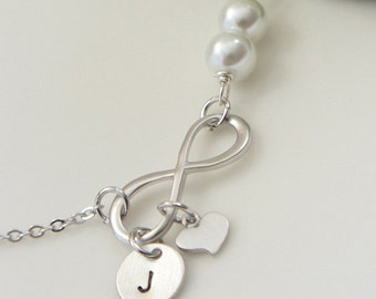 Infinity Bracelet with Heart and Initial Charm. Bridesmaid Gift. Everyday Bracelet. Girlfriend Gift. Birthday Gift.