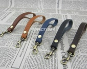 6.5 inch Leather Wrist Handle
