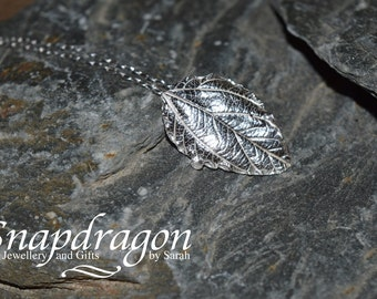 PMC fine silver leaf pendant necklace.
