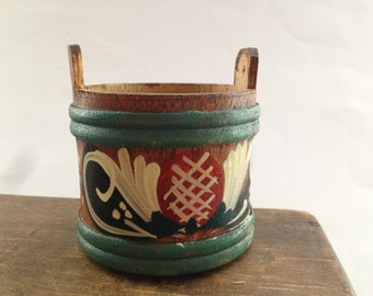 Swedish wooden container Small Wood vessel Handmade wooden goblet Painted Swedish container Swedish folk art