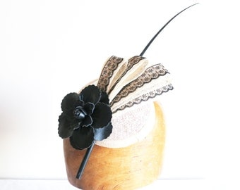 Benny Millinery - Cream and black fascinator