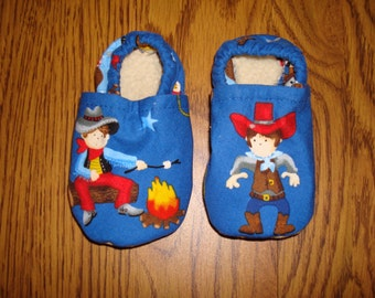 "Baby Shoes ""Caboodles"" Little Cowboy Print"