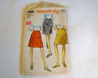 Vintage 1968 Simplicity Pattern - 7995 - Miss Set Of Skirts - Waist 25 1/2, Hip 36