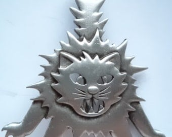 Vintage Signed JJ  Silver pewter Scaredy Cat Brooch/Pin
