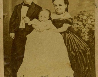 Midget couple Tom Thumb with family CDV photo