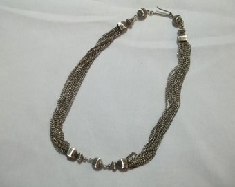 CLEARANCE SALE - 1950s silver chain necklace