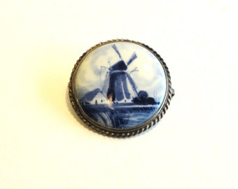 NORELCO Hand Painted Delft Holland Dutch Brooch/Pin Sterling Silver