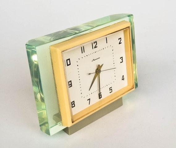 mid century modern desk clock molnija 70s ussr green plexiglass