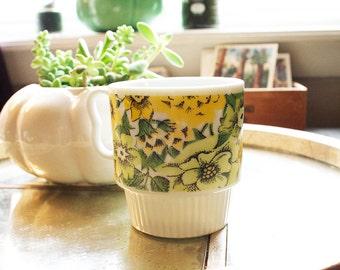 Ceramic Daffodil Cup