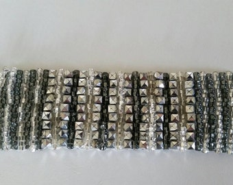 Hand woven glass beaded bracelet