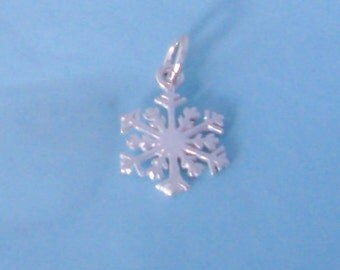 Sterling Silver Snowflake Charm / Pendant, Winter Snow