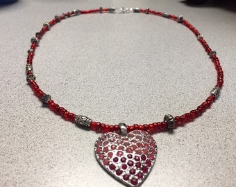 Red and heart pendant Necklace