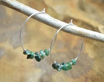 Emerald earrings, Green emerald chips, Gemstone earrings, Sterling silver, Hoop earrings, Silver earrings, Emerald jewelry, Green earrings