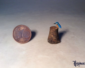 Miniature Kingfisher  made of wood Item No. 1