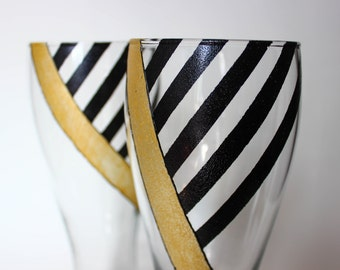 Black & Gold Graphic Beer Glasses - Hand Painted | Gift, Fathers Day, Birthday, Anniversary, Wedding, Bachelor, Groomsmen, Line, Geometric