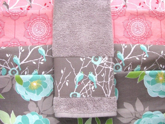 Grey aqua pink towels pink and grey hand towel aqua for Pink grey bathroom accessories