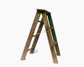 Rustic Wooden Ladder, Vintage Folding Ladder, Chippy Green Ladder, Shabby Chic,  Rustic Furniture, Wood Step Ladder, Display Stand, Stool