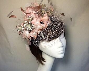 Peach Fascinator, 1950s bride, Oyster hat, pink fascinator, statement hat